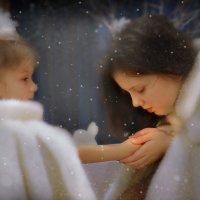Старшая сестра.... :: Светлана Мизик