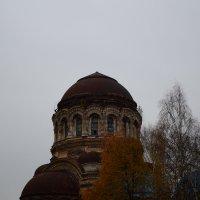Заброшенный храм :: Александр Зенченко