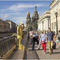 Живая статуя :: Александр Максимов