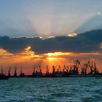 Закат на Азовском море. :: Наталья