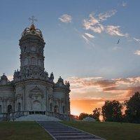 Церковь Знамения Пресвятой Богородицы в Дубровицах :: Alex