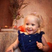 Малышка Натали в осенней сказке :: Оlga S