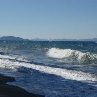Море волнуется - раз, море волнуется - два... :: Олег Попов