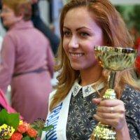 положительные женские эмоции :: Олег Лукьянов