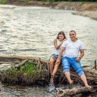 Влюбленная пара у воды :: Ольга Невская