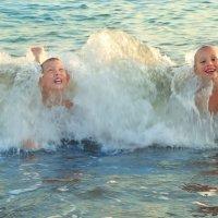 В синем море... в белой пене... :: Дарья Казбанова