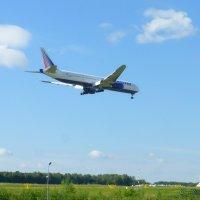 Boeing 777 скоро посадка :: Alexey YakovLev