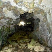 Сквозная пещера :: Надежда