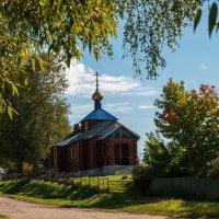 Деревенская церквушка :: Alexander Petrukhin