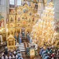 Богослужение в Михайловском соборе г. Ижевска :: Олег Лунин