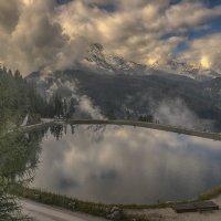 горное озеро :: Наталья Рыжкова