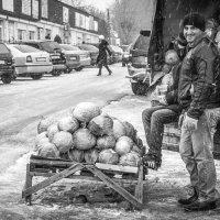 Ноябрьский рынок :: Алена Демченко