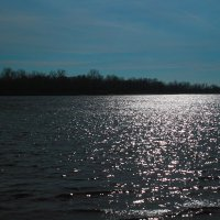 Блики на воде :: Юрий Гайворонский