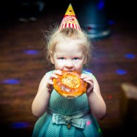 birthday :: Victoria Bryfar
