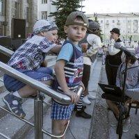 Фестиваль уличных театров. Зрители (3) :: Владимир Шибинский