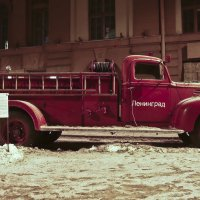 Ретро автомобиль :: Лариса Лунёва