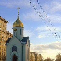 Часовенка в Новосибирске. :: Мила Бовкун