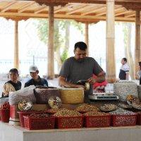 Самарканд.Сиабский базар.Зарисовки. :: TATYANA PODYMA