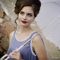 дама с зонтом :: Ирина Шадурская