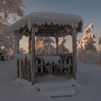 Зима рисует... :: Сергей Герасимов