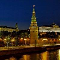 Ночной Кремль :: Артур Кочиев