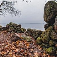 Прибрежные руины :: Владимир Самсонов