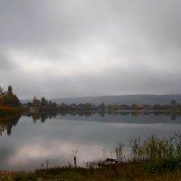 У озера :: Людмила Зайцева