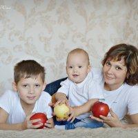 * :: Юлия Шишаева