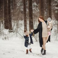 прогулки с мамой :: Кристина Галганова