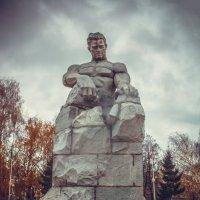 Памятник :: Вячеслав Баширов