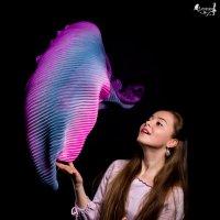 Танцующий шарф :: Виктор Зенин