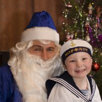 счастливые минуты, когда приходит Дед Мороз :: Ольга Русакова
