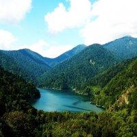 Озеро Рица :: Елизавета Темкова