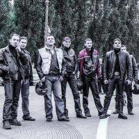 Суровые байкеры :: Андрей Головкин