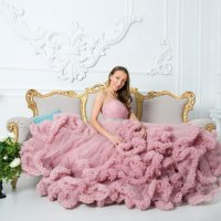 "Qween в платье ""облако"" :: Нина Бородина"