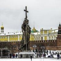 Памятник Владимиру Великому :: Сергей Козырев