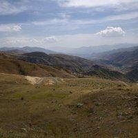 Дорога на Нораванк. Армения. Road to Noravank. Armenia. :: Юрий Воронов