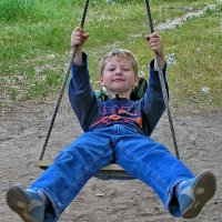 Счастливое детство... :: Владимир Ильич Батарин