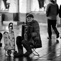 *** :: Игорь Иванов