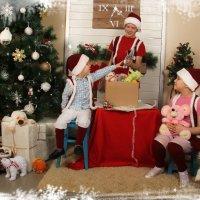 Подарки детям :: Natalia Petrenko