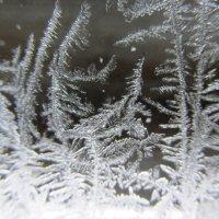 Рисует узоры мороз на оконном стекле... :: Galaelina ***