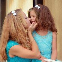 Мама с дочкой лучшие подружки :: Виктория Доманская
