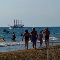 Там,где солнце и море... :: Sergey Gordoff