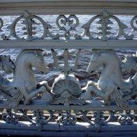 Фрагмент решетки Благовещенского моста :: Елена Павлова (Смолова)