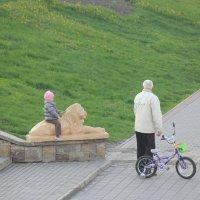 Деда ,а моя  коняшка  лучше ! :: Виталий Селиванов