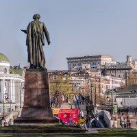 Москва. Вид от памятника И. Е. Репину. :: Виталий Лабзов