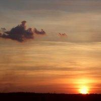 Одинокое облако :: Андрей Буховецкий