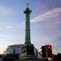Июльская колонна в Париже :: Александр Корчемный