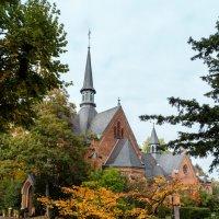 Кладбищенская Церковь :: Witalij Loewin