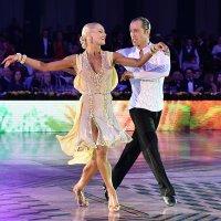 Танец чемпионов :: Oleg Konyzhev